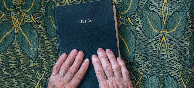 De Él, por Él y para Él